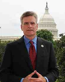 220px-Bill_Cassidy,_official_portrait,_112th_Congress.jpg