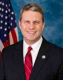 220px-Bill_Huizenga,_Official_Portrait,_112th_Congress.jpg