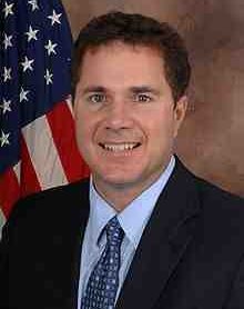 220px-Bruce_Braley_official_110th_Congress_photo_portrait.jpg