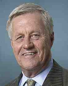 220px-Collin_Peterson,_Official_Portrait,_c.112th_Congress.jpg