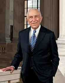 220px-Frank_Lautenberg,_official_portrait,_112th_portrait.jpg