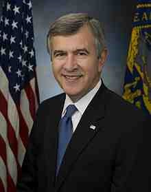 220px-Mike_Johanns_official_Senate_photo.jpg