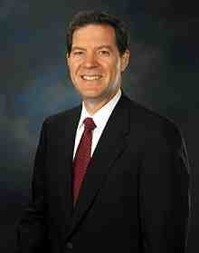 220px-Sam_Brownback_official_portrait_2.jpg