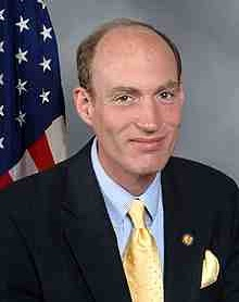 220px-Thaddeus_McCotter,_official_portrait,_112th_Congress.jpg