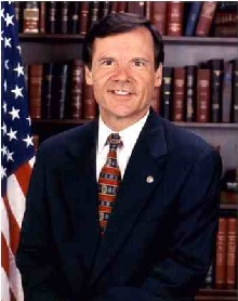 220px-Timothy_Hutchinson,_official_Senate_photo_portrait.jpg