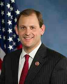Andy_Barr,_official_portrait,_113th_Congress.jpg