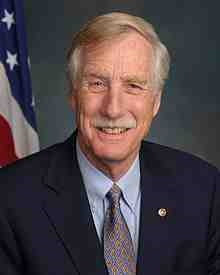 Angus_King,_official_portrait,_113th_Congress.jpg