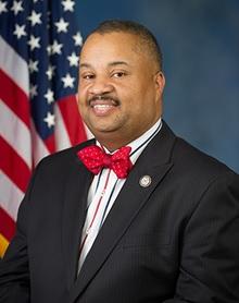 Donald_Payne_Jr_Official_Portrait_113th_Congress.jpg