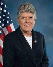 Julia_Brownley_113th_Congress_official_photo.jpg
