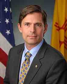 Martin_Heinrich,_official_portrait,_113th_Congress.jpg