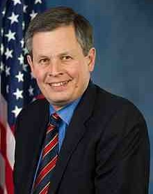 Steve_Daines,_official_portrait,_113th_Congress.jpg