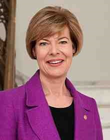 Tammy_Baldwin,_official_portrait,_113th_Congress.jpg